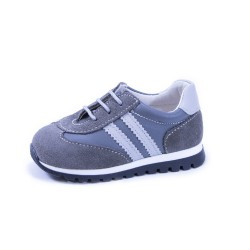 Zapato deportivo cordón
