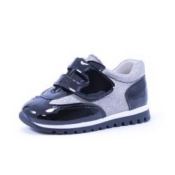 Zapato deportivo velcro